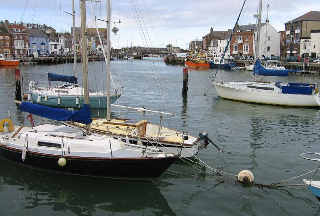 create a panorama of Weymouth harbour